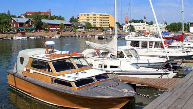 Veneitä Hangossa.